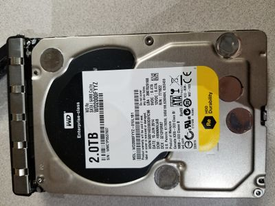 Hard drive in bay 1 on the new xf06bm-ws5